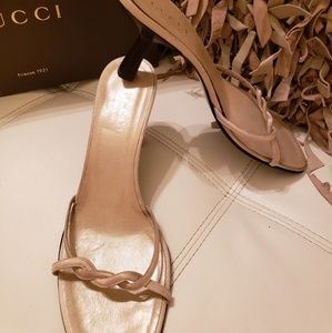 Gucci kitten heels
